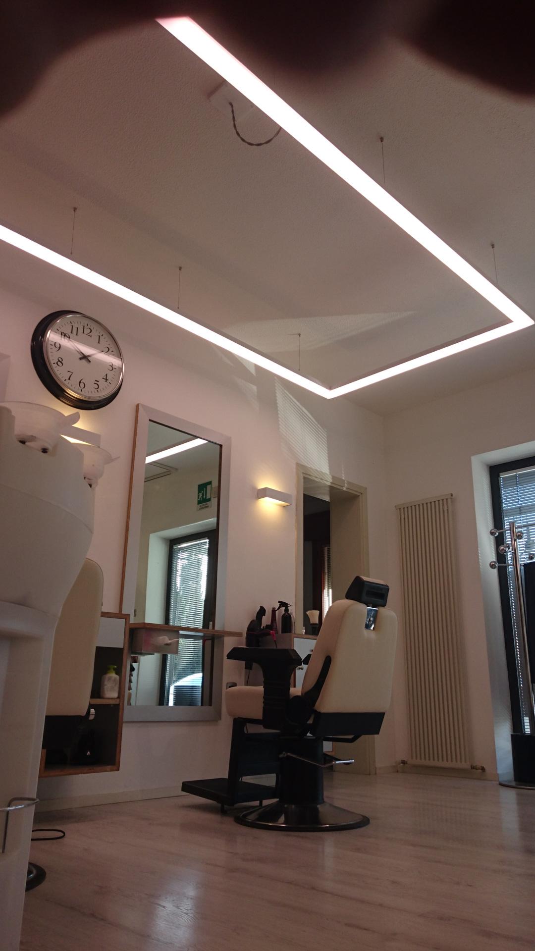 Parrucchiere Enea - Hairdresser Enea